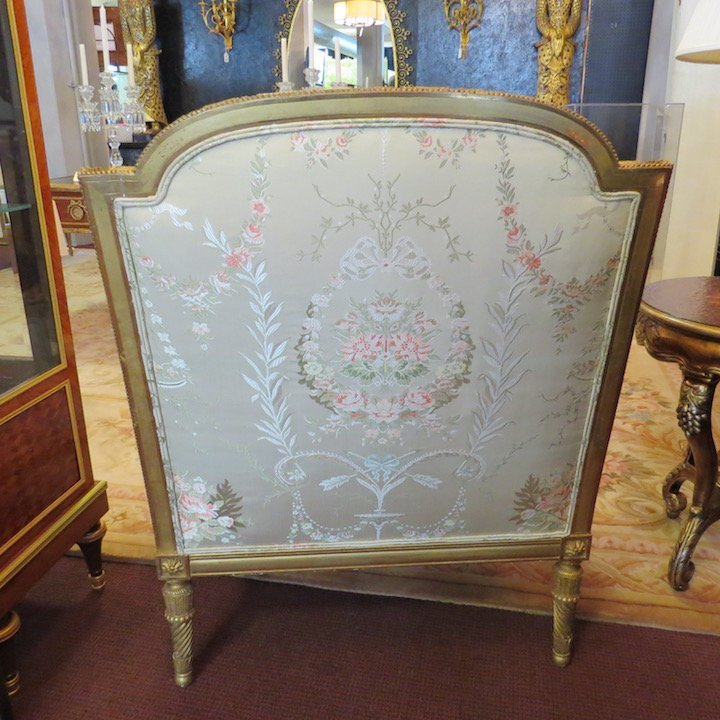 A Pair of Louis XVI Style Giltwood Bergeres. - 10