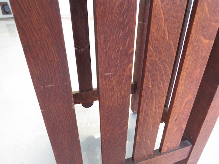 An Arts & Crafts Oak Table. - 3