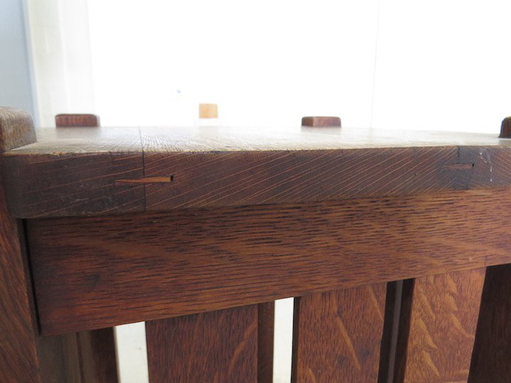 An Arts & Crafts Oak Table. - 4