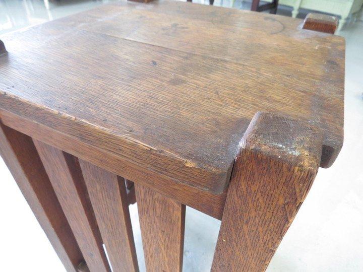 An Arts & Crafts Oak Table. - 5