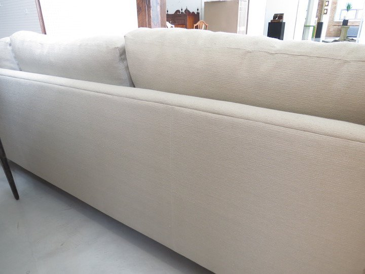 A Pair of Contemporary Sofas. - 2