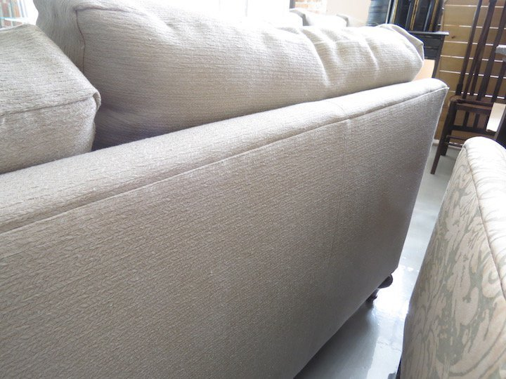 A Pair of Contemporary Sofas. - 5