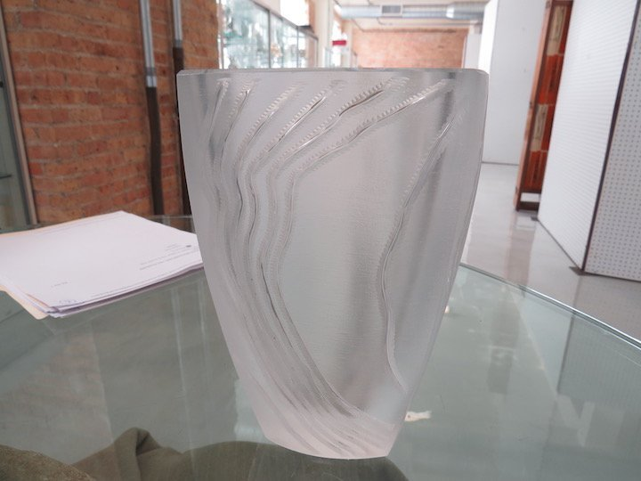 A Lalique 'Yasna' Crystal Vase. - 3