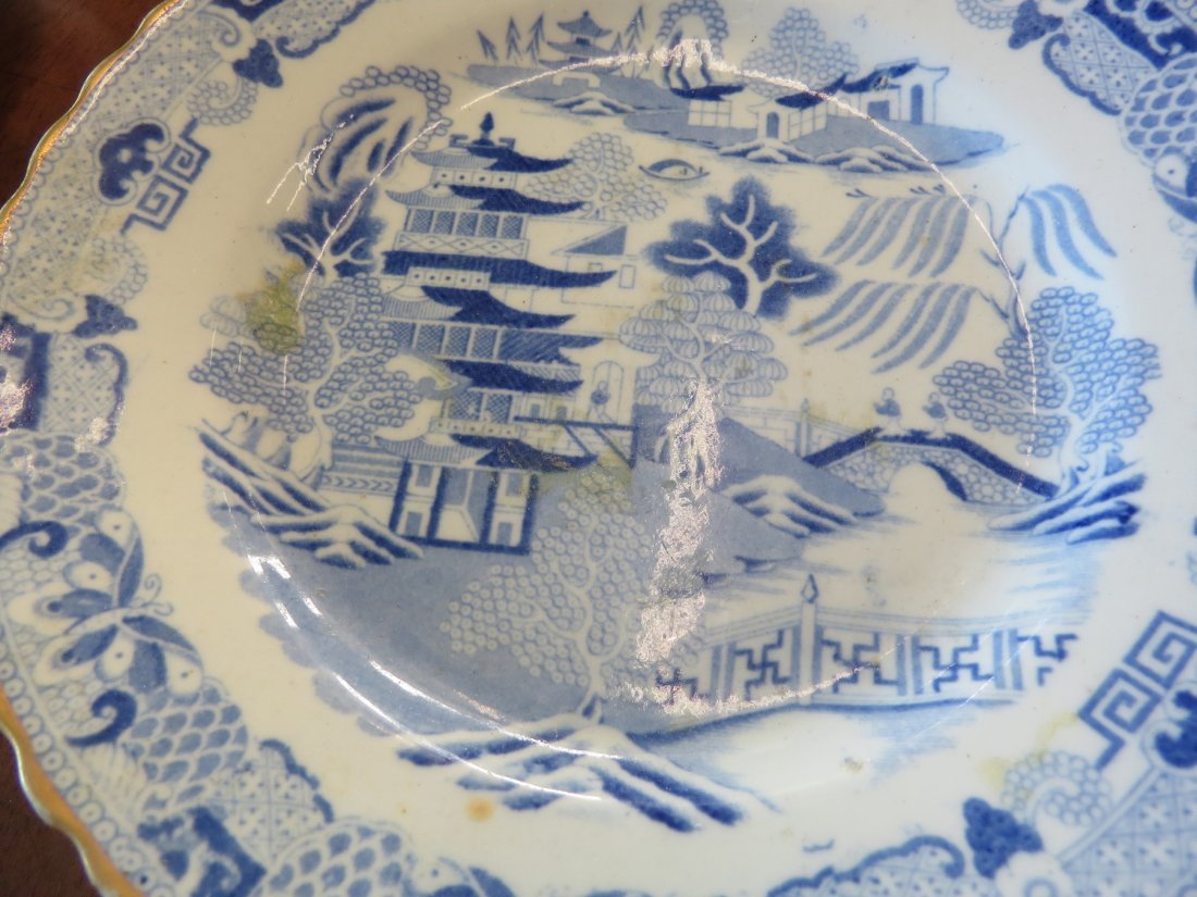 A Pair of English Spongeware Dishes. - 2