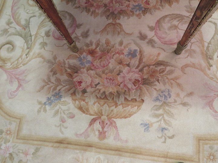 An Aubusson Savonnerie Carpet. - 3