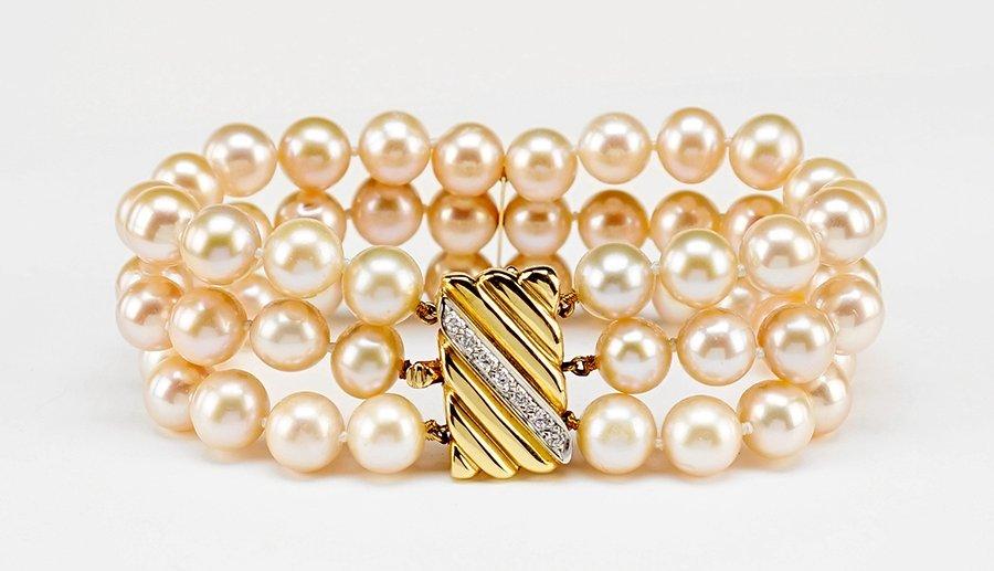 A Pink Cultured Pearl Bracelet.