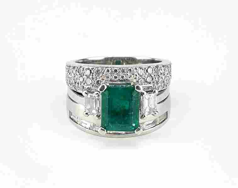 An Emerald, Diamond and Platinum Ring Suite.