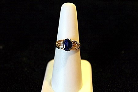 Lady's 14K Yellow Gold Blue Sapphire/Alexandrite Ring