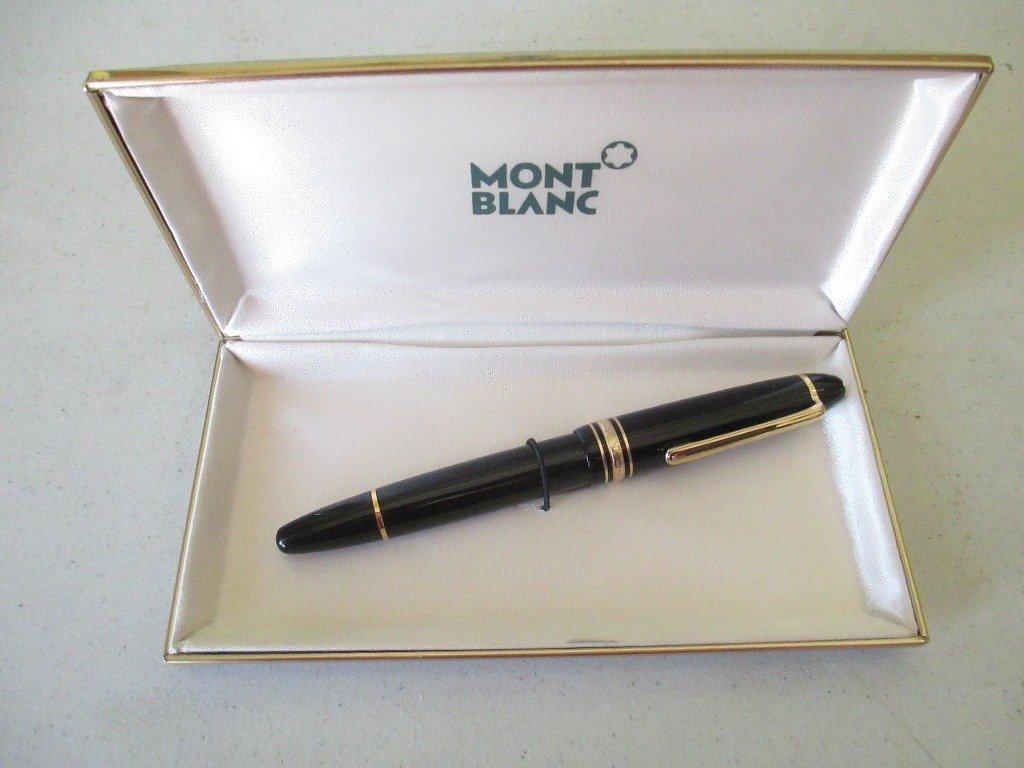 Mont Blanc 14K Gold Nib Fountain Pen