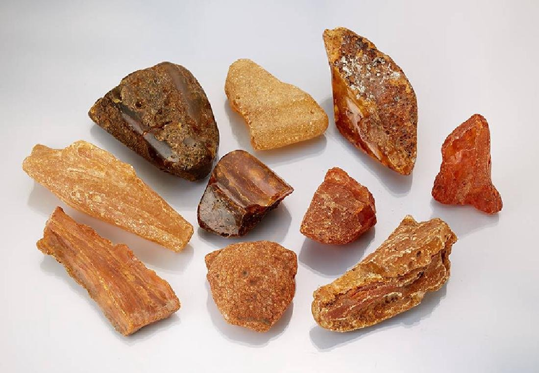 Lot with approx. 45 amber boulders