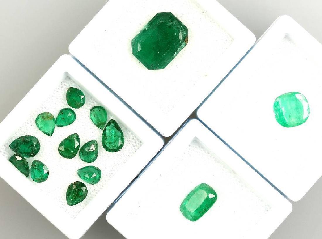 Lot 15 loose emeralds