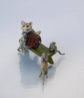 Vienna bronze 'cat with accordion and mice on bench '