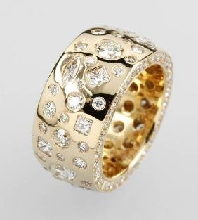 18 kt gold solid ring with brilliants and diamonds