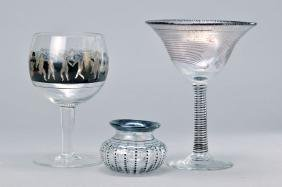 4 parts glass