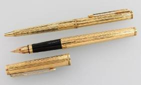 18 Kt Gold Pen Set Parker