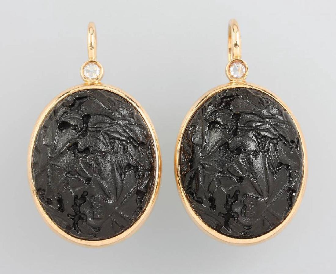 18 kt gold POMELLATO earrings with diamonds and jet