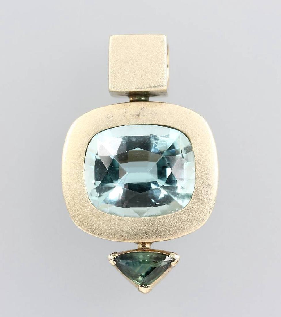 8 kt gold pendant with aquamarine and tourmaline