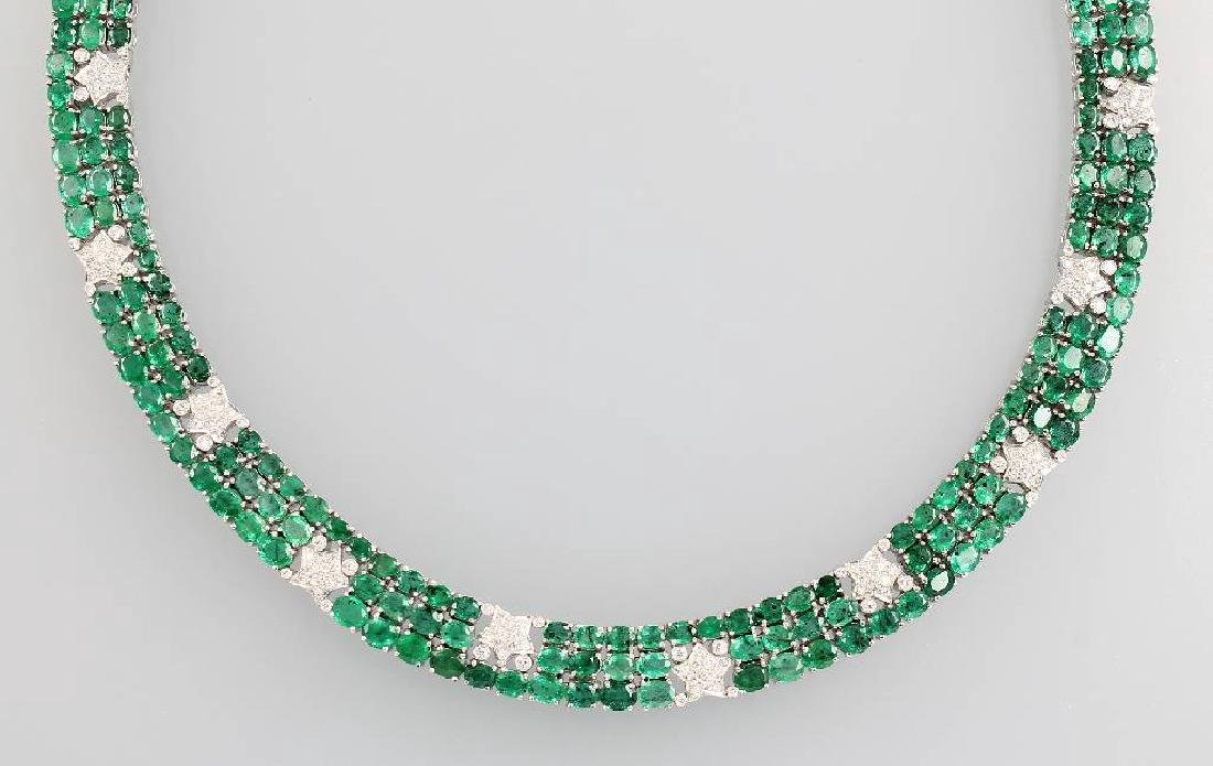 18 kt gold necklace with emeralds and diamonds