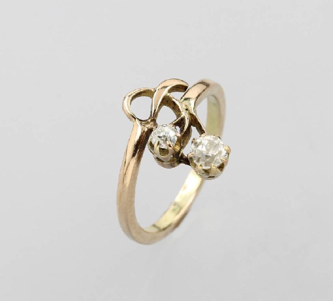 14 kt gold Art Nouveau ring with diamonds
