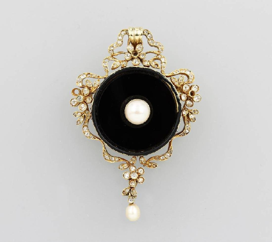 14 kt gold pendant with pearl, onyx and diamonds