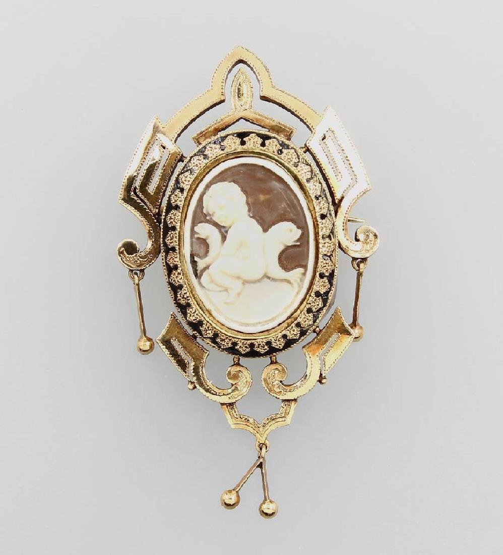 18 kt gold brooch with shell cameo, approx. 1870s