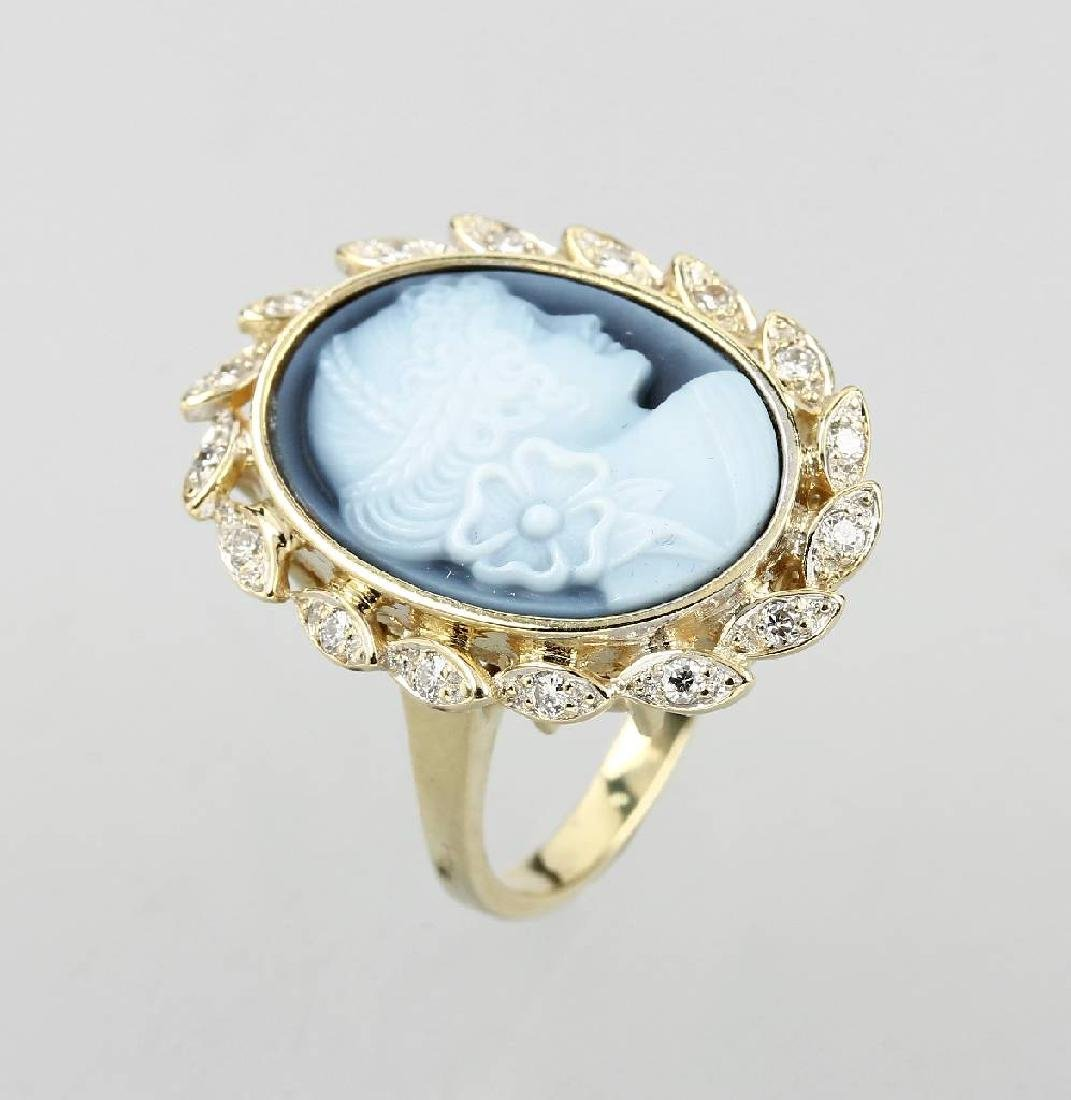 14 kt gold ring with layer stone cameo, approx. 1890s