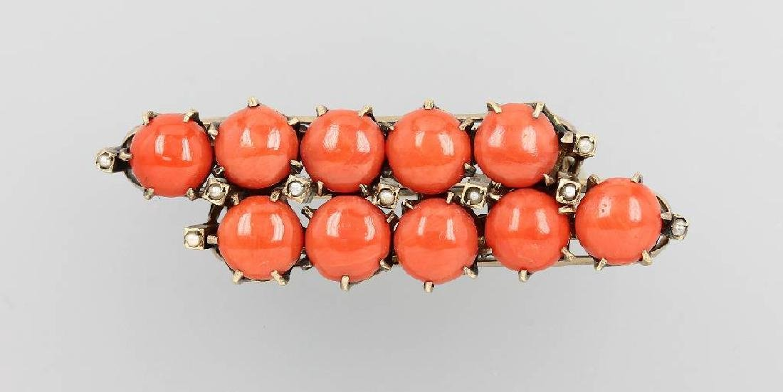 Brooch with corals, german approx. 1880/90s