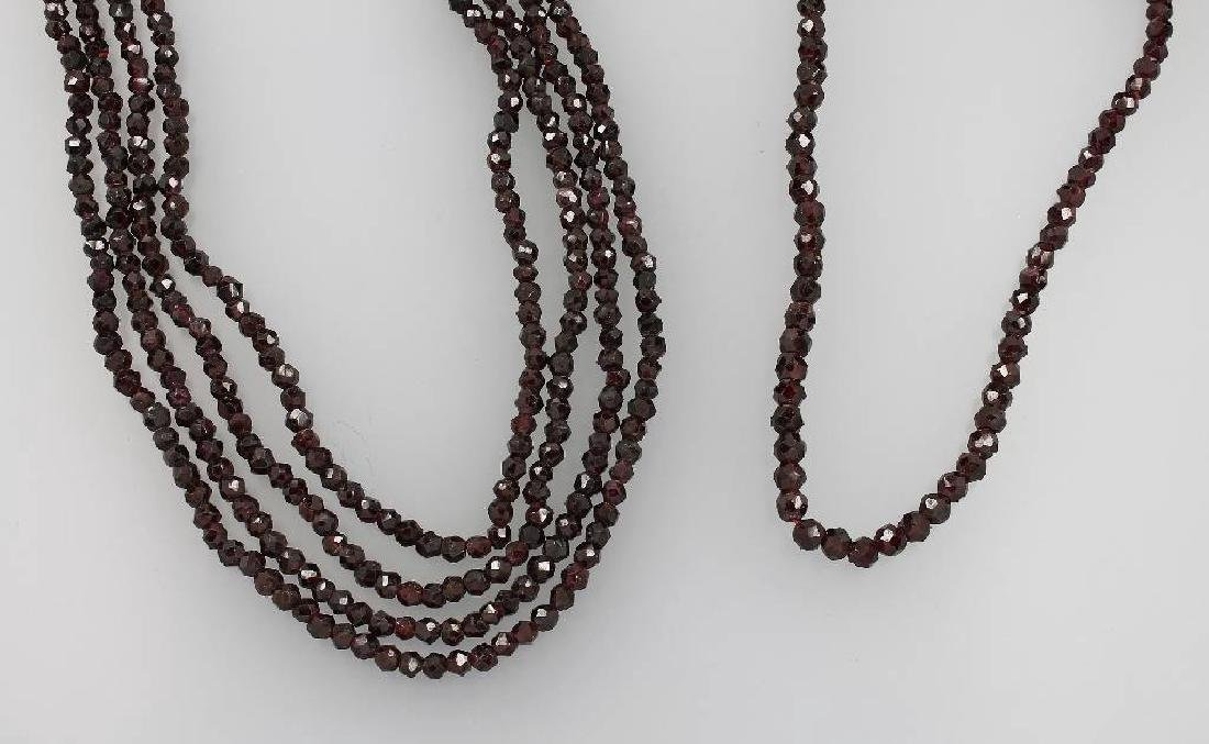 Lot with garnets, approx. 1850/60s
