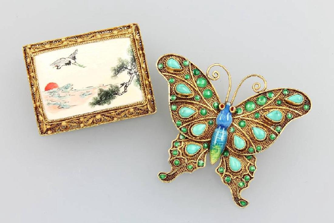 Lot 2 brooches with filigree work, China 1950/60s