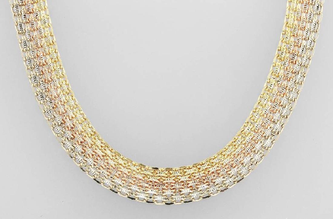18 kt gold necklace