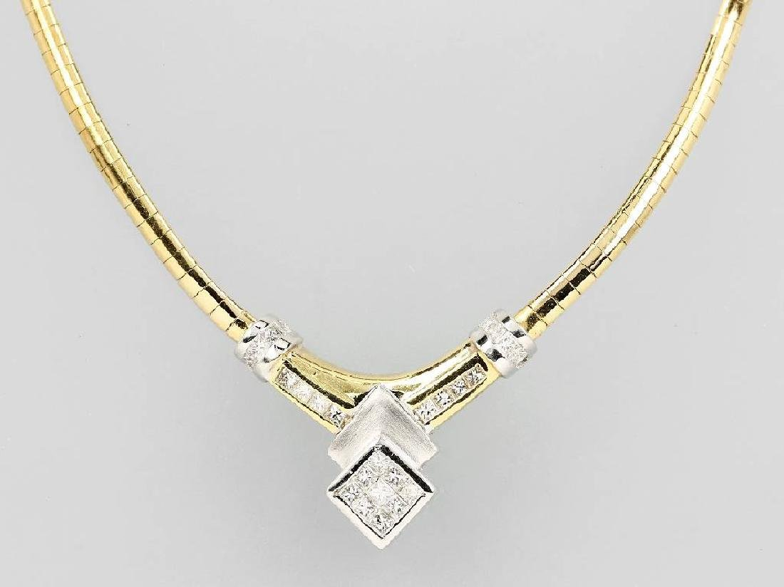 18 kt gold necklace with diamonds