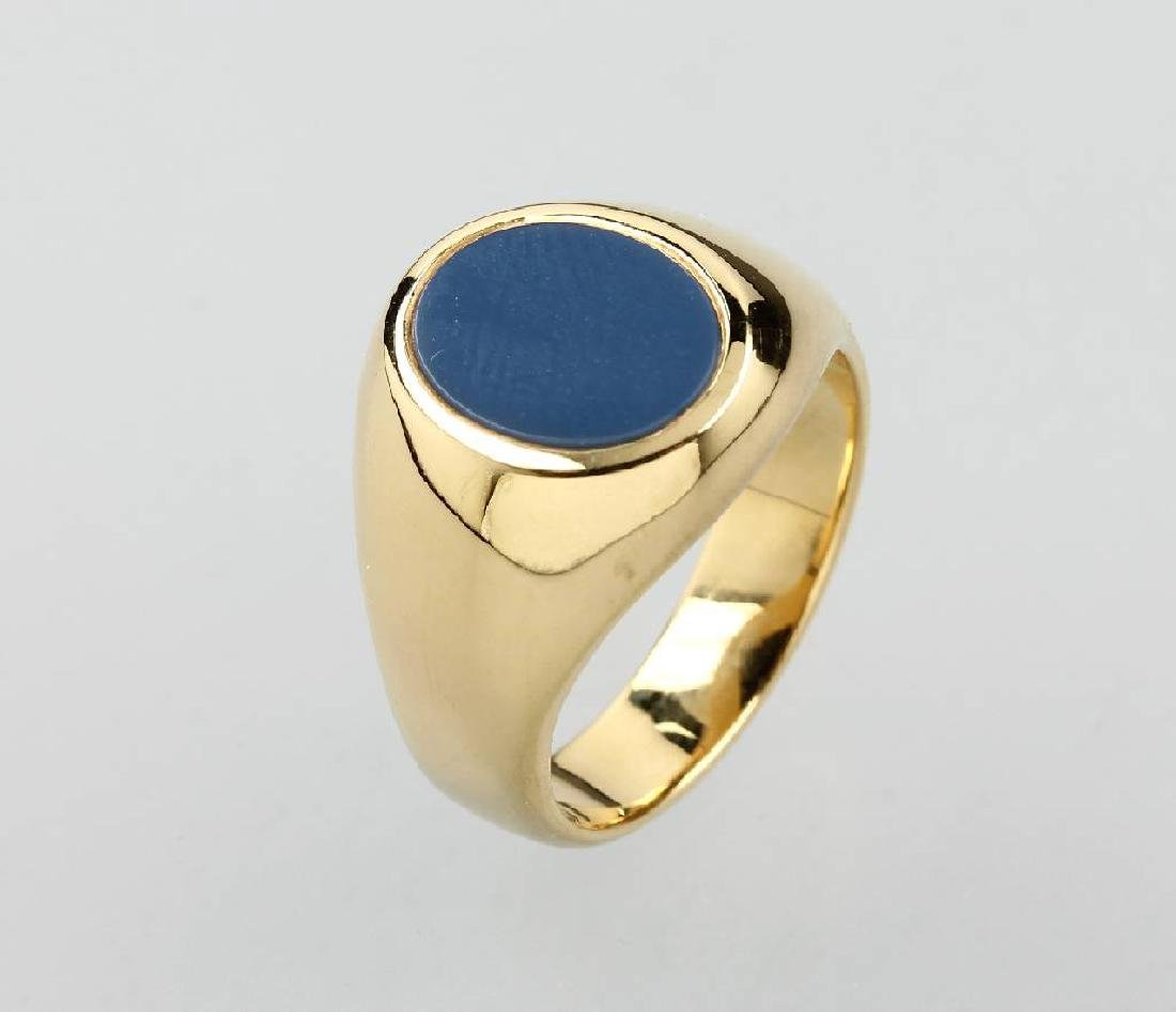 14 kt gold signet ring with layer stone
