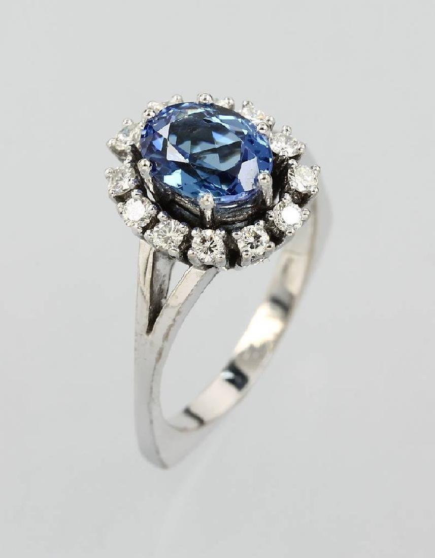 18 kt gold ring with tanzanite and brilliants