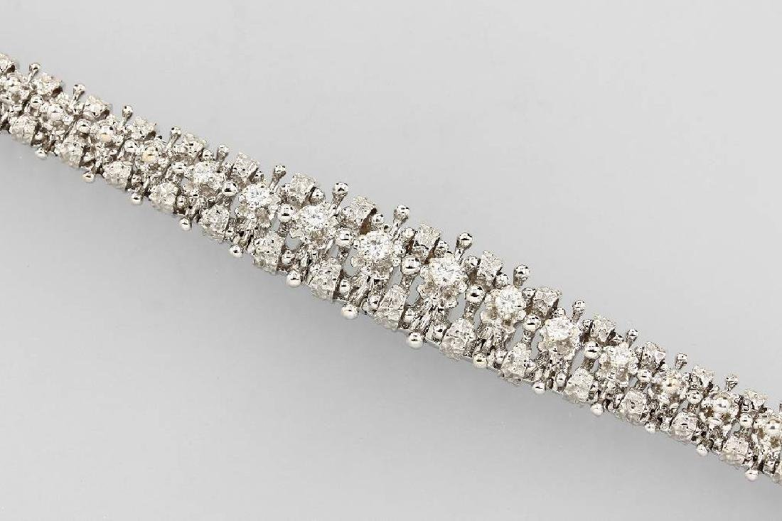 Solid 18 kt gold bracelet with brilliants