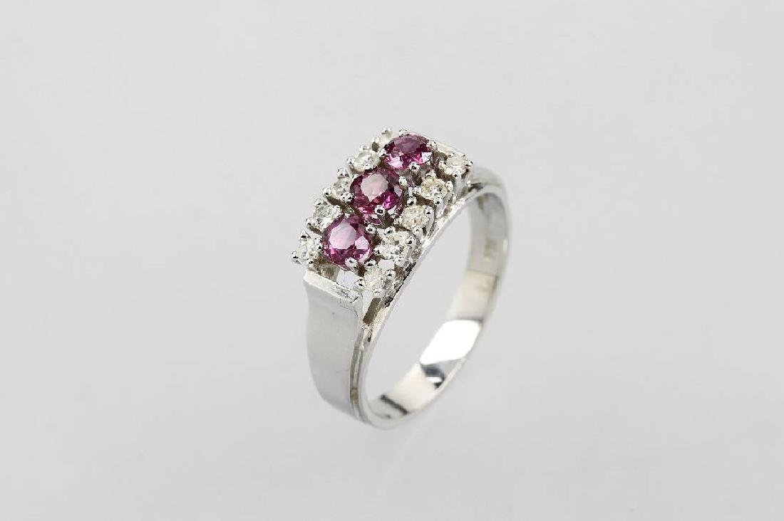 14 kt gold ring with rubies and diamonds