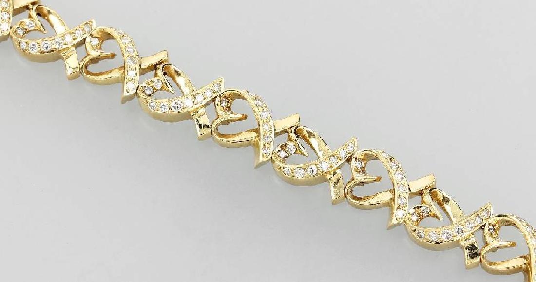 18 kt gold bracelet with brilliants