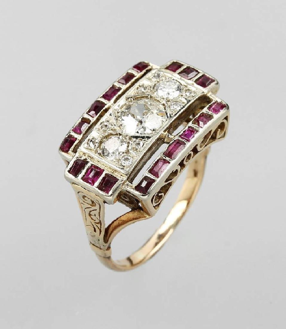 14 kt gold ring with diamonds and rubies