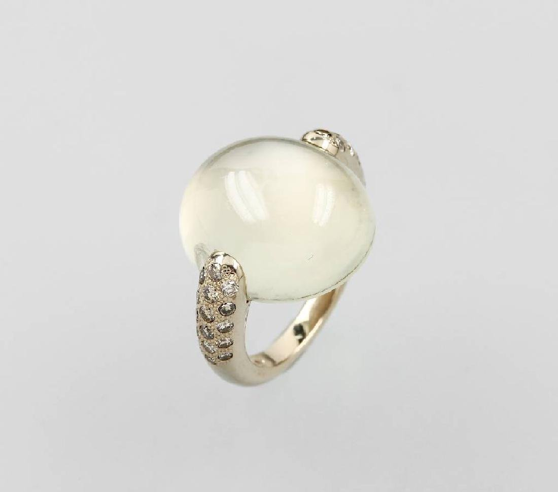 18 kt gold POMELLATO ring with moonstone and brilliants