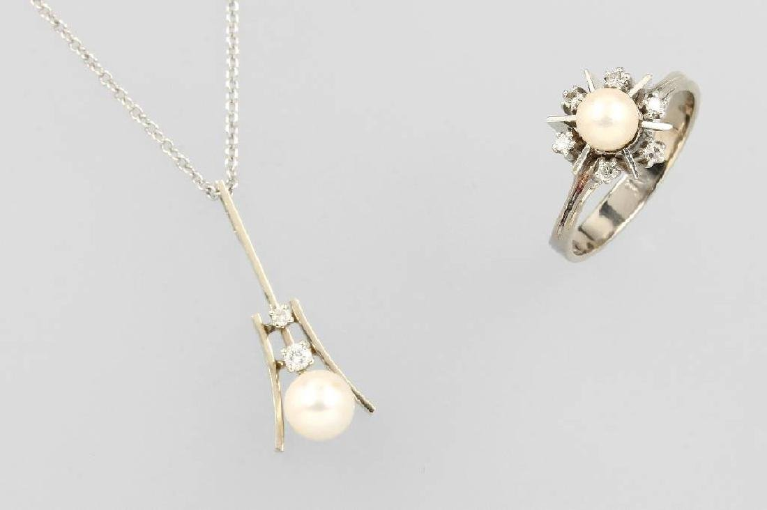14 kt gold ring and pendant with cultured pearls and
