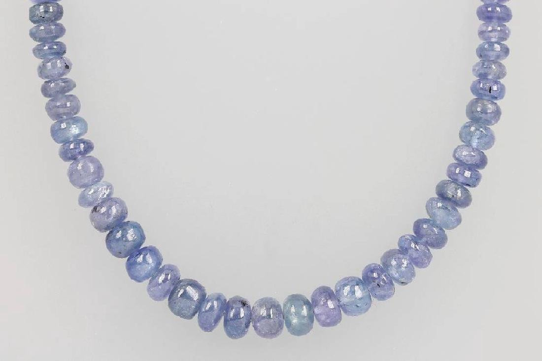 14 kt gold necklace with tanzanite