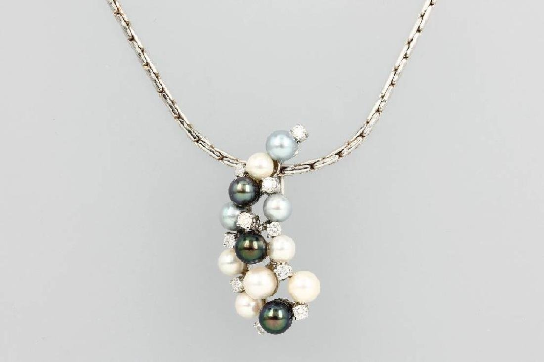 14 kt gold pendant with brilliants and pearls