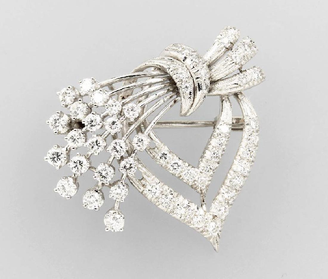 18 kt gold brooch with diamonds