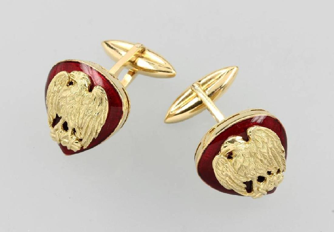 18 kt gold pair of cuff links with enamel