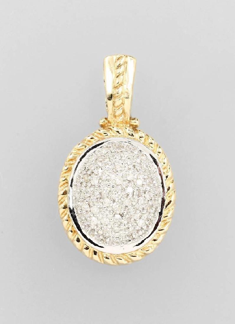 14 kt gold pendant with diamonds