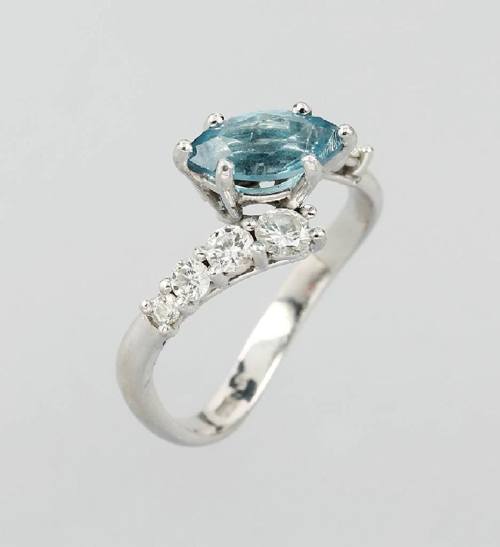 Platinum ring with aquamarine and brilliants