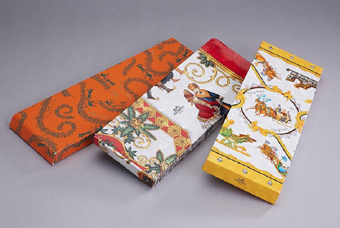 Lot 3 HERMES christmas packages in different motifs