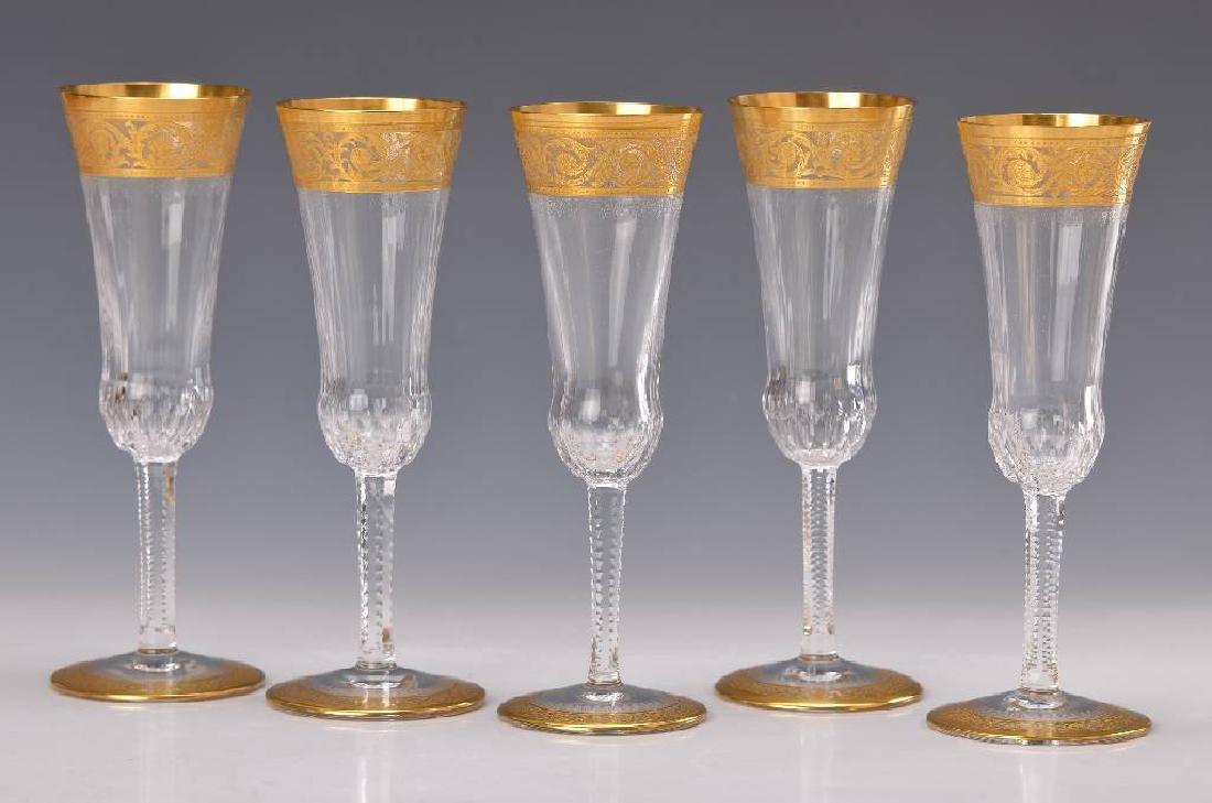 Five champagner flutes