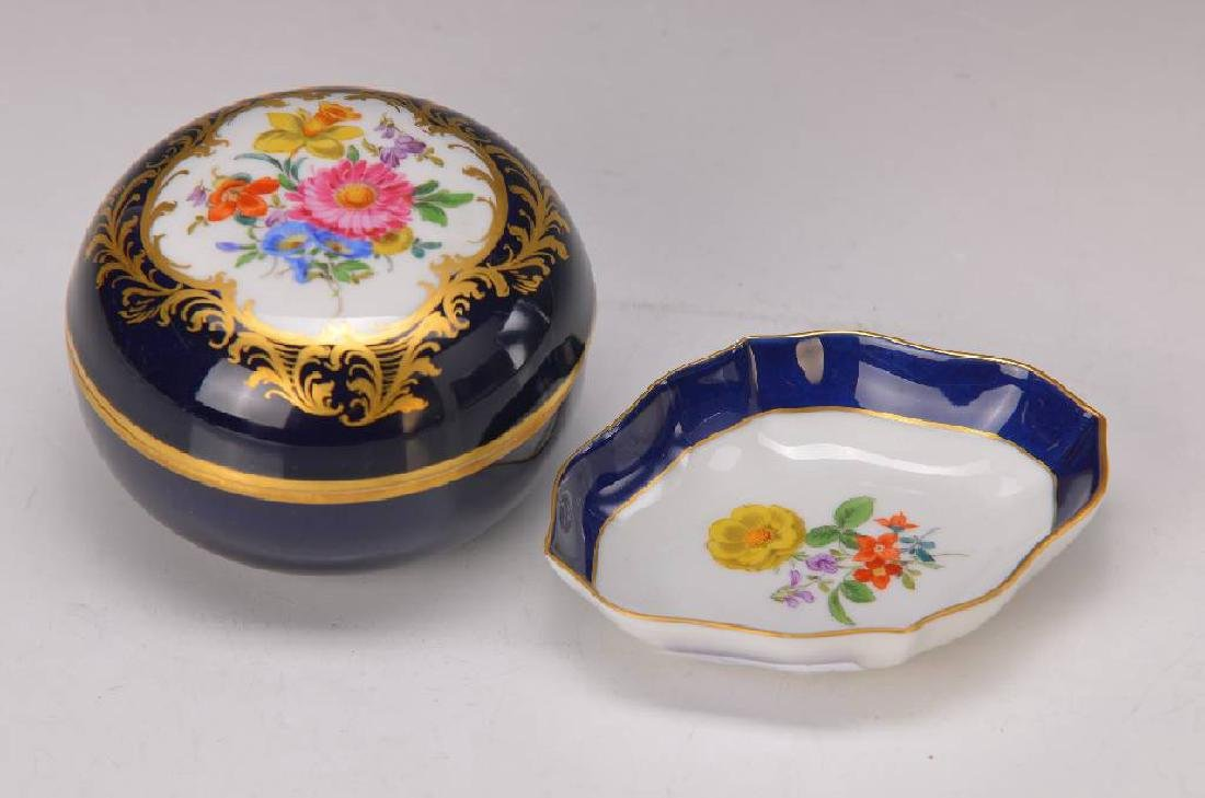 lidded box and small bowls