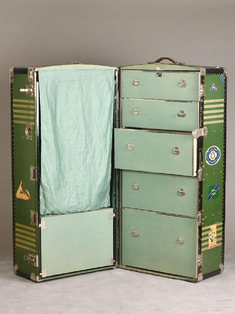 Oversea suitcase