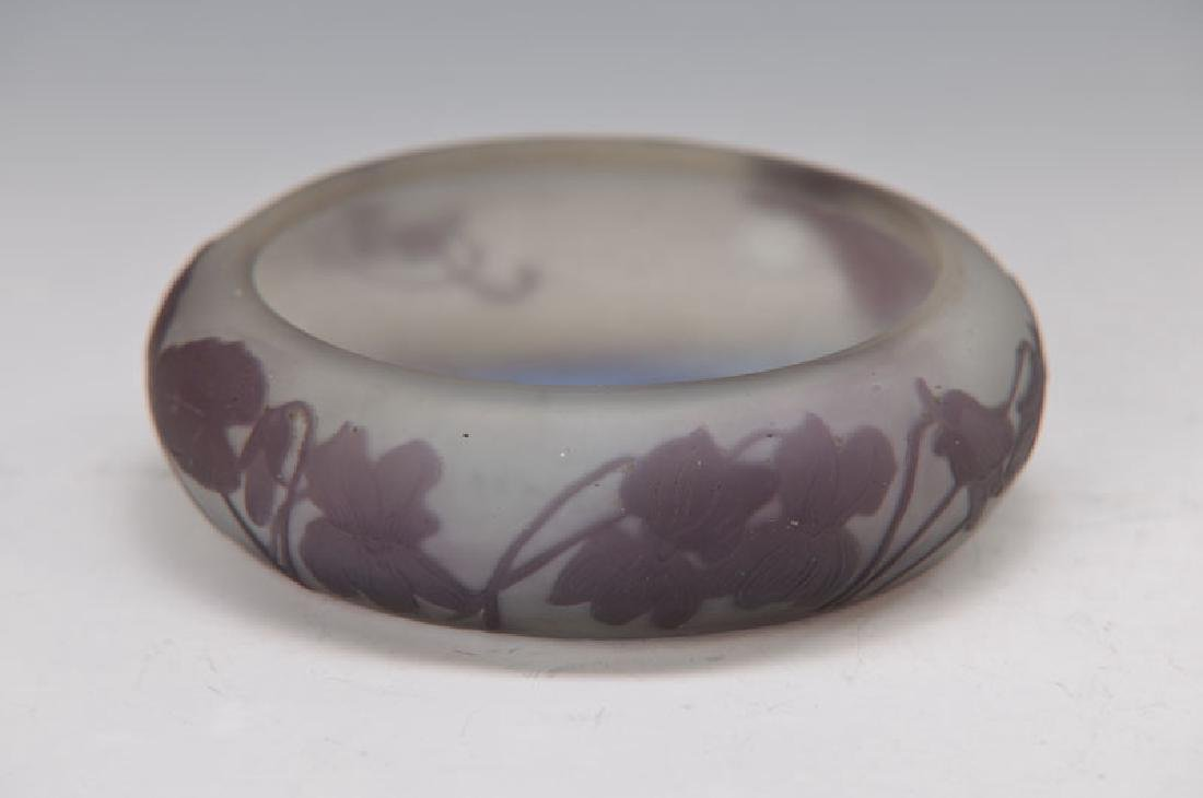 Flat bowl, Gallé